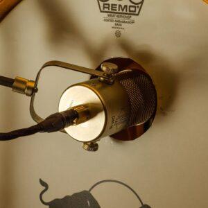 Sontronics DM-1B – mikrofon perkusyjny do bębna basowego