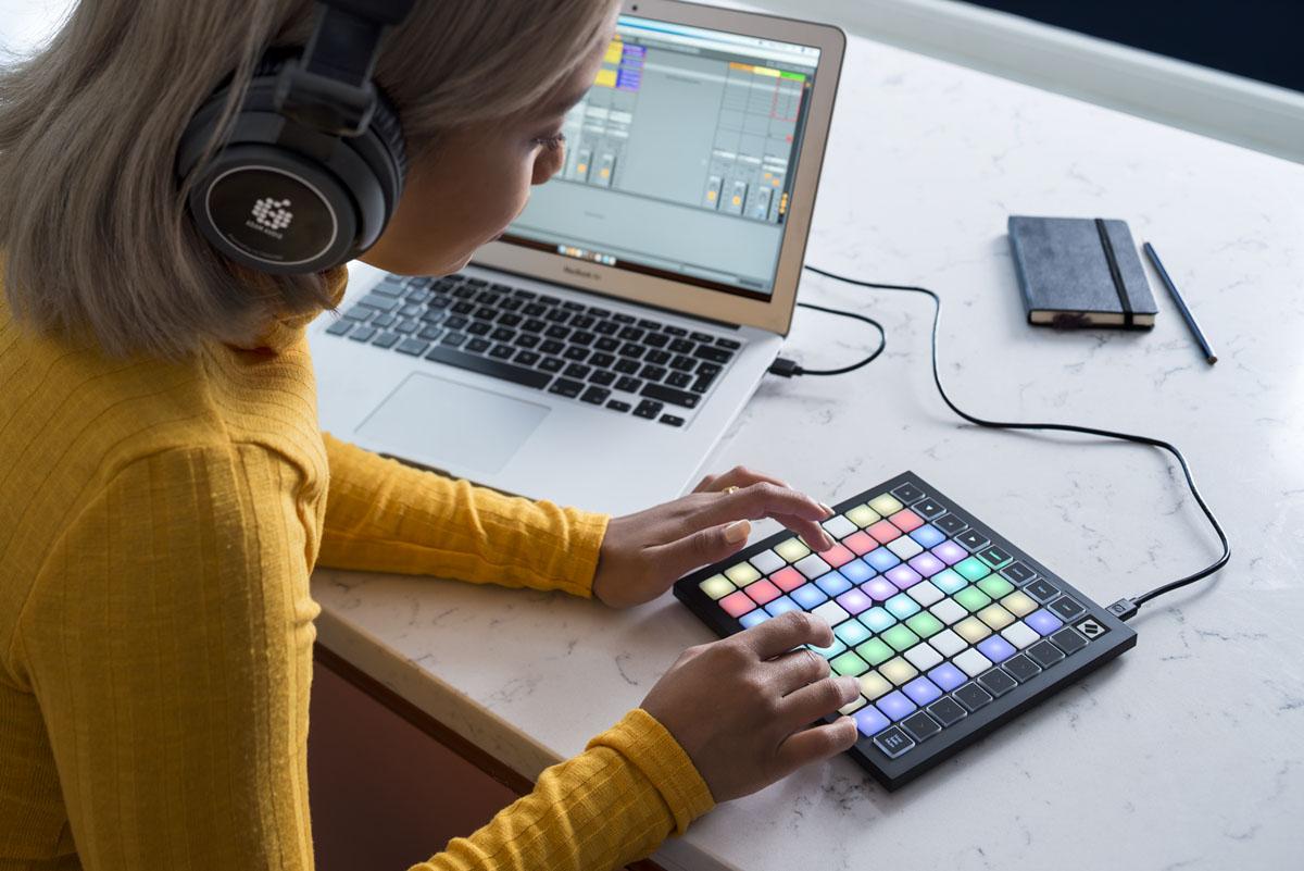 Kontroler MIDI Novation Launchpad Mini Mk3