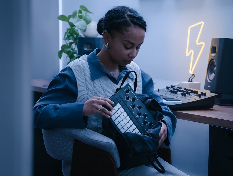 circuit-tracks-mobilny-instrument